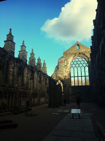 Holyrood Abbey History Architecture Ancient Architecture Medieval Abbey Abbey Ruins