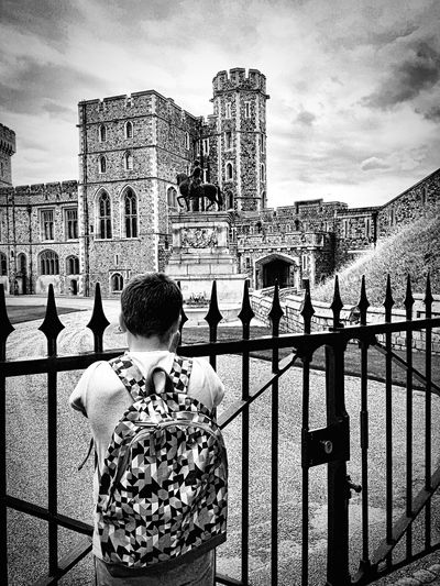 Check This Out Taking Photos Enjoying Life Iphone 6 Plus IPhoneography Windsorcastle Iphone6plus Hanging Out