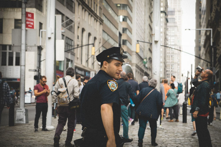 I Heart New York Cops New York Manhattan People Photography Streetphotography Feel The Journey Original Experiences The Street Photographer - 2017 EyeEm Awards The Photojournalist - 2017 EyeEm Awards The Photojournalist - 2018 EyeEm Awards