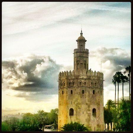 SPAIN Mobile Photography Sky_collection The Week Of Eyeem Sevilla River View Guadalquivir Cities_collection Puente Puesta De Sol Bridgesaroundtheworld Torre Del Oro