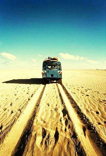 Si la vida se pone dificil, viaja para olvidar, si se pone feliz, viaja para celebrar. Go💙 Travel🚃