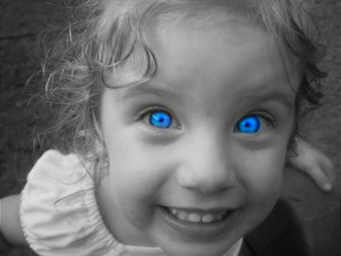 Portrait Looking At Camera Childhood Child Smiling BlueEyes Beauty Human Eye