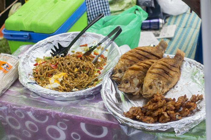 Thai-Wiese Berlin - der Geheimtipp. Jeden Samstag und Sonntag ab 12:00 im Sommer. Asianfood Berlin Cuisine Curry Foodfestival Market Outside Picknick Sommer Streetfood Thaifood Thailand Thaimarket Thaipark Thaipark Berlin Thaiwiese Wilmersdorf