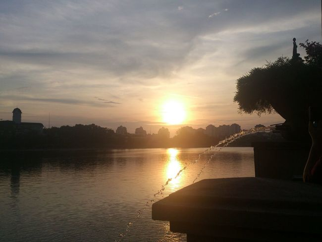 With Family Relaxing Take A Break Good Mood :) Enjoy Life Evening Evening Sky Evening Sun Evening View Enjoying The View