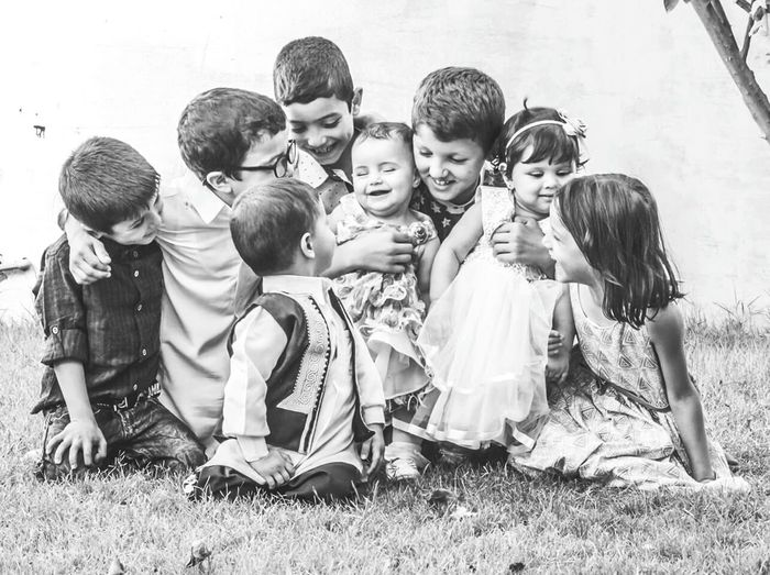 Togetherness Full Length Sitting Field Grass Looking Misrata Hanging Out Kids Happiness Canon7d  Home Nephew ♡ Niece 💕 Nephews&neices