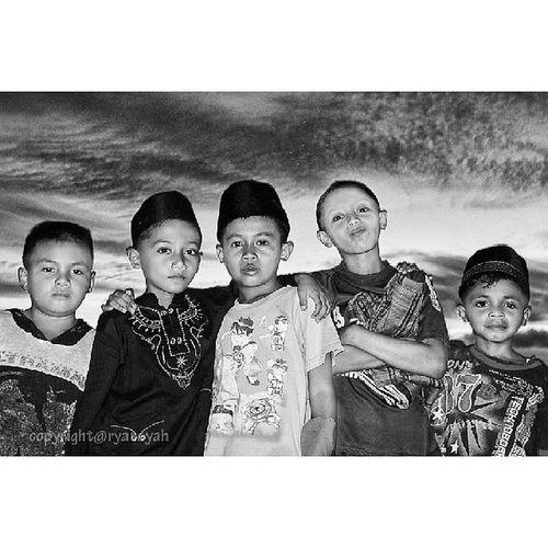 Hollaaaaa..... We are the children from Tanjungpinang Instatanjungpinang Instanusantara Blackandwhite Anakanak portraiture