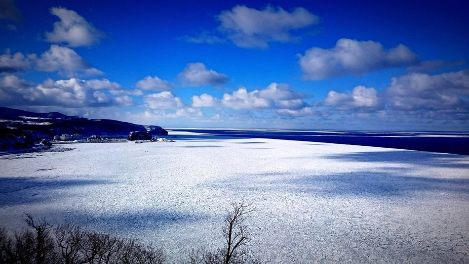 Japan Hokkaido Shiretoko Ice Icefloe Winter Hallo World Nature Photography Nature Sea Sea And Sky Seascape Seaside Sea View Sea_collection Nature_collection Naturelovers Naturephotography Blue Blue Sky Frozen Frozen Nature Frozen Photography Frozen Landscape  Frozen Sea