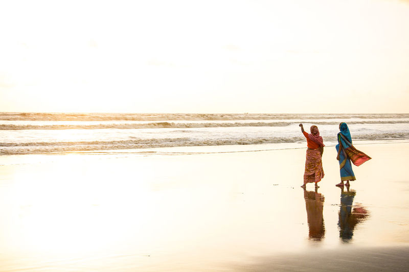 Bangladesh Beach Beauty In Nature Cox's Bazar Day Horizon Over Water Nature Outdoors People Real People Sea Sky Sunset Vacations Water Wave Women Women Around The World Women Around The World Live For The Story