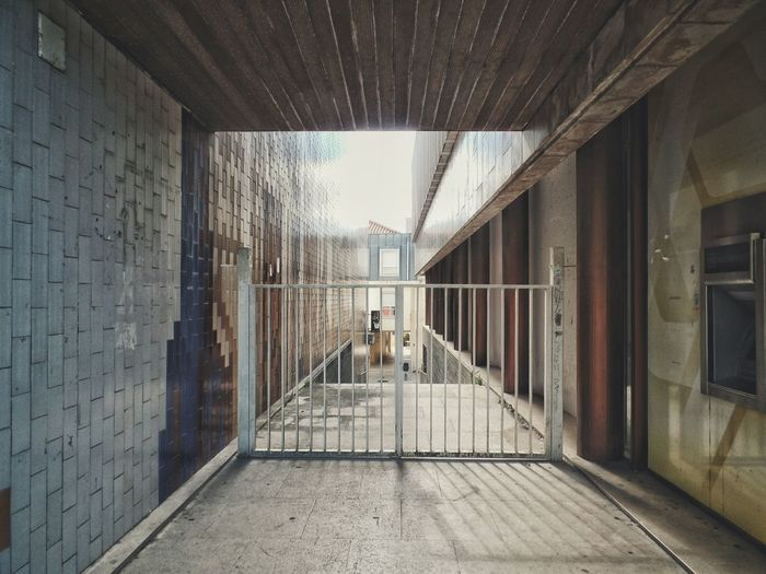 Architecture No People Building Exterior Built Structure Shapes Open Edit Point Of View Gate Door Entrance Style Lines Architecture Portugal House Cashmachine Shadow A random house with a gate