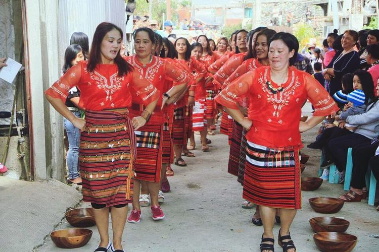 Traditional Clothing Cultural Weddinga Cheerful Real People Ceremony Women Standing Blessing