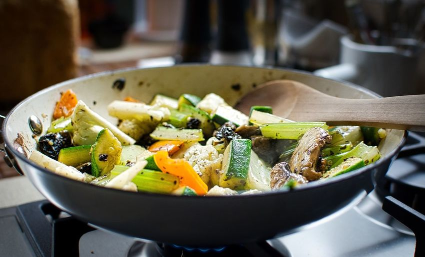 Food Vegetable Healthy Eating Close-up Vegetarian Food Stir Fry Vegetables Stir Fry Vegetables Tasty Fresh Vegetables Cooking At Home Cooking Dinner Time Food Photography