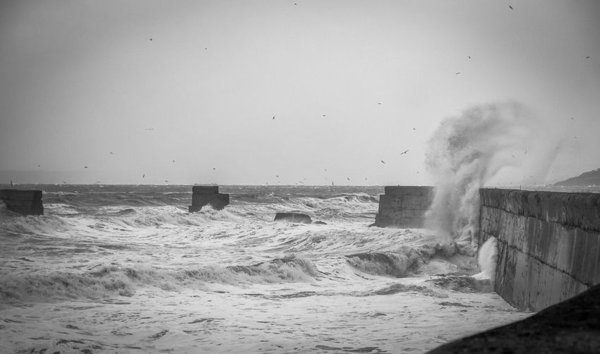 Waves today where just Amazing! 🤩💥📸 ⬇️⬇️New Video is up⬇️⬇️ https://youtu.be/h7OVCOGZTTo Beauty In Nature Breaking Clear Sky Crash Day Force Hitting Horizon Over Water Motion Nature No People Outdoors Power In Nature RISK Rough Sea Splashing Water Wave
