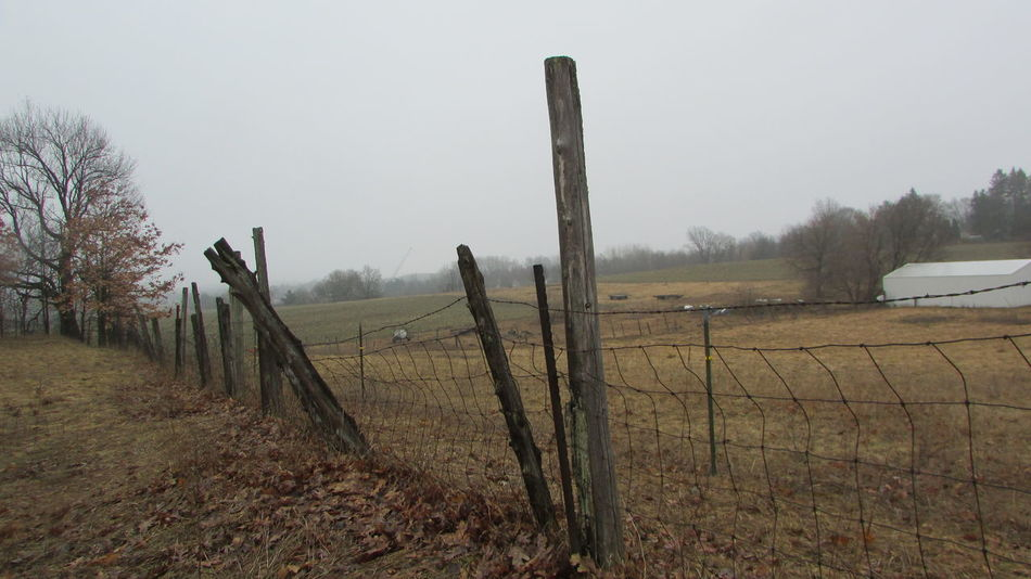 Taking Photos Diggins Trail Country Living Old Fashioned Fences No People Quiet Moments Cadillac Michigan