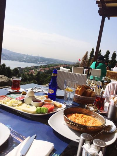 Trowback Vacation Turkey Türkiye Istanbul Breakfast Outside Sea Siddikatpmz