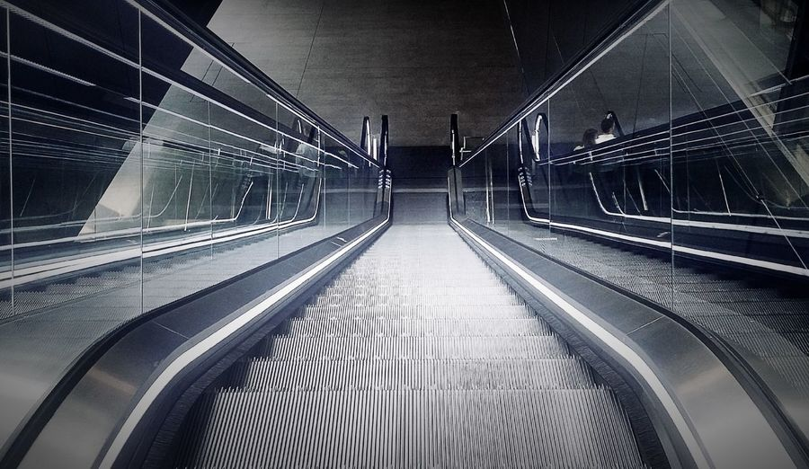 London Built Structure Building Interior Escalator Escalators Simmetrical Architecture Architecture_collection Urban Geometry Architecture Photography Android Photography Samsung Photography City Of London EyeEm Gallery Walking Around Urban Design Modern Building London Underground Urban Exploration