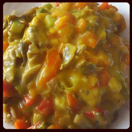 Chicken curry dish Aanschuiven