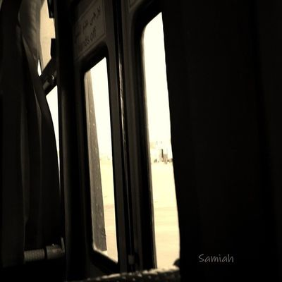 نحنُ قوم تجاهلنا النّوافذ وأضعنـا على أنفسنا متعة التلويحِ للمارّة ، متعة النظر للأشياء من الأعلى .