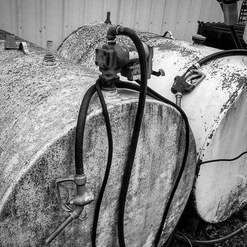 Blackandwhite Blackandwhitephotography Blackandwhitephoto Gas Gastank Farm Iowa Iowafarms FarmPhotography Farmtography Clarenceiowa Tiptoniowa Photographylovers Industrial Vintage Old 305photographer Miamiphotographer Miaphotographer Arounddubuque Bnw_captures