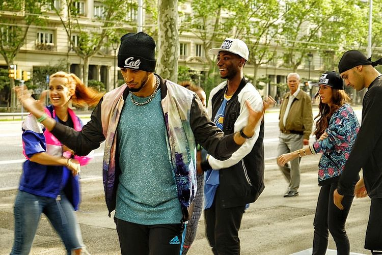 HipHop Streetphotography Street Photography Streetdance StreetDancers Colors Color Barcelona First Eyeem Photo Sony Sonya7r Sonyalpha Sony Zeiss Carl Zeiss CarlZeiss 24-70mm Sel2470z