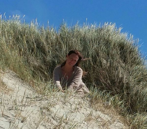 One Person Adults Only Nature Outdoors Only Women Grass Sand Dune Sky Hvide Sande Strand Denmark Summertime Summer Sommergefühle Holidays Northsea Danmark Nature Beach Sand Clear Sky Beauty In Nature Happiness Having Fun Its Me