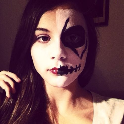 Halloween make-up. Lady?. Vs. Skull? First Eyeem Photo