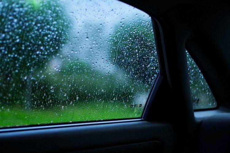Rain on the car