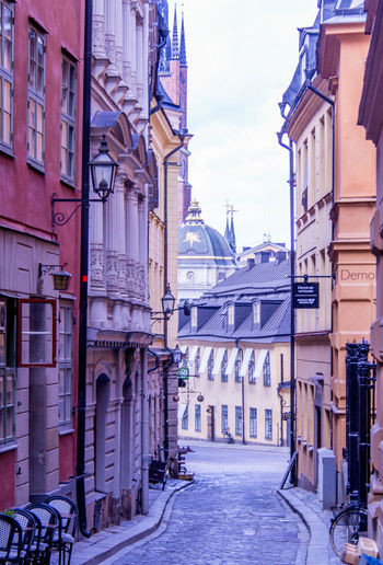 Stockholm Streetphotography Narrow Street Historical Building Europe Trip Scenics Scandinavia Architecture Building Exterior Built Structure City Building Street Nature Transportation Outdoors Residential District Direction The Way Forward