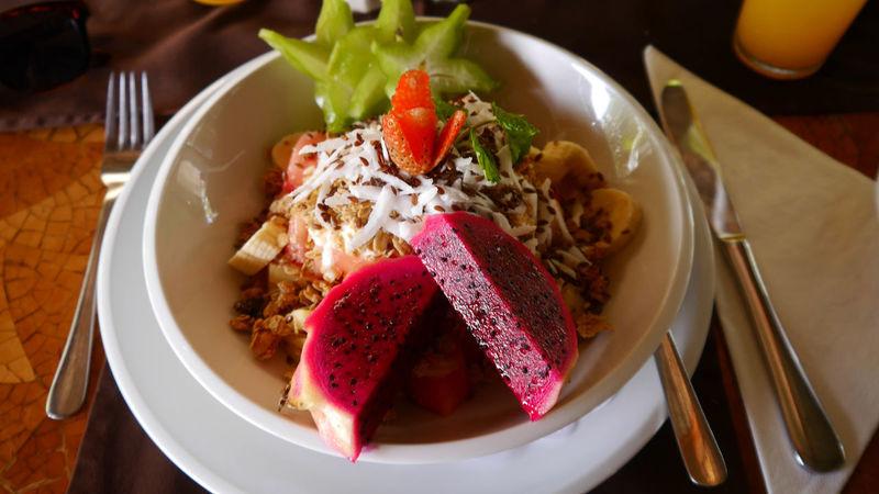 Breakfast Bali Müsli Breakfast Drachenfrucht Food Gesund Healthy Eating Lifestyles Local Food Müsli No People Photography Pitaya Plate Seminyak Table Eyeemfoodporn Eyeemphotography Eyeemfood Eyeemfoodphotography