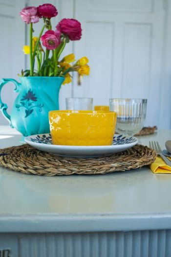 spring table setting Easter Easter Ready Easter Time  Holidays Party Table Table Setting Setting The Table Spring Bowl Soup Bowl Plate Yellow Yellow Flower Spring Flowers Springtime Flower Vase Close-up Flower Head Served Daffodil Easter Petal Blooming In Bloom Easter Bunny Pink