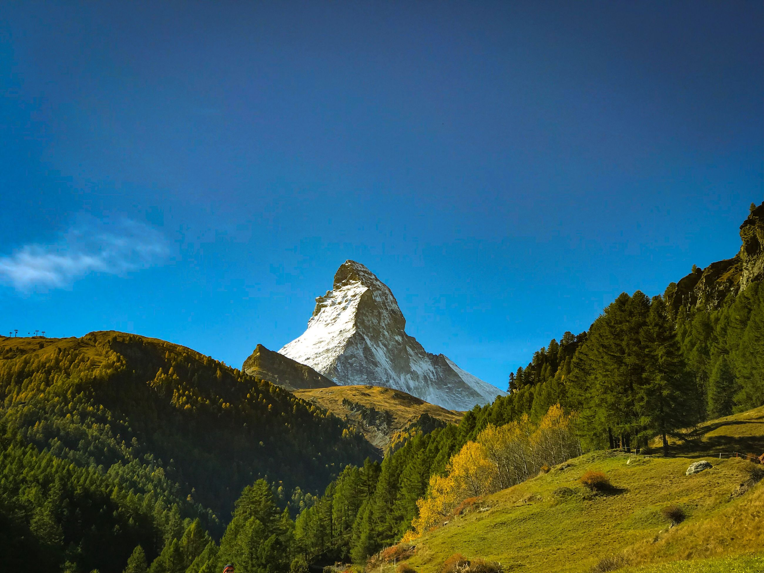 mountain, nature, scenics, beauty in nature, mountain range, blue, tranquility, tranquil scene, no people, day, peak, clear sky, outdoors, sky, range