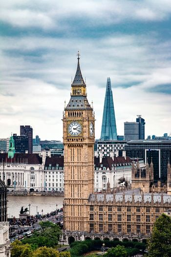 Architecture Sky Cloud - Sky Built Structure Building Exterior Travel Destinations Outdoors Day No People City Low Angle View Clock Tower Cityscape London EyeEm LOST IN London