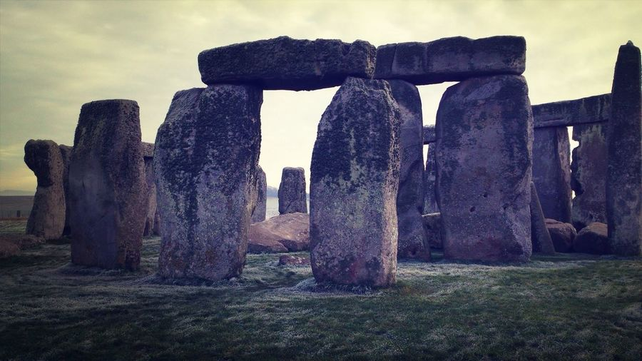 Early morning frost GetYourGuide Cityscapes Stonehenge Archaeology