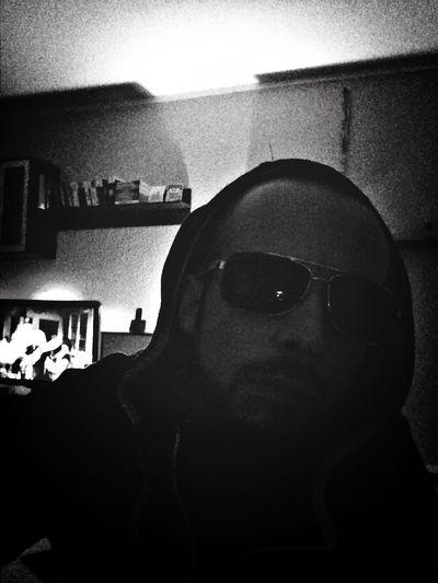 Swag Selfie I Wear Sunglasses At Night