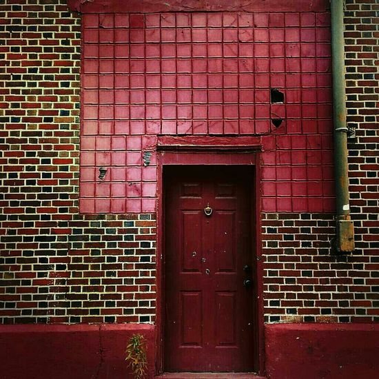I see a red door and I want it painted black...No colors anymore I want them to turn black... Sfx_urbex Neighborhood Lurking Doors Hdr_Collection Doorporn Backstreets & Alleyways AMPt - Abandon Partnersingrime Filthyfeeds Eye4photography  Dirty Doors Findingbeautyoutofshit Lousyfeeds Details Of Decay Doorsondoors Rottenfeed Eye4enchanting