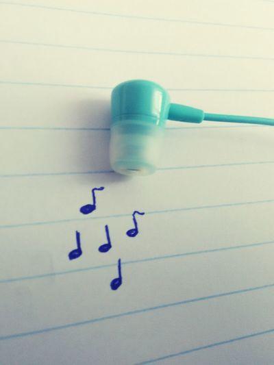 Muzyka Music Is My Life Music Słuchawki Nuty Notes Słuchanie Muzyki Headphones Listen To Music Blue Niebieski Paper Papier Zeszyt Notebook