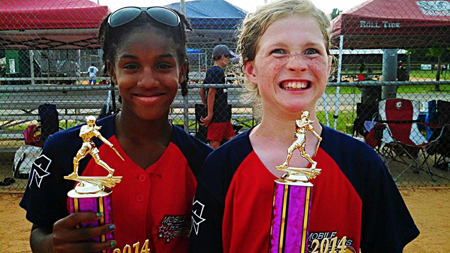 MOBILE THRILLETS TRAVEL SOFTBALL Girl Power Proud Mommy Tourney Win Trophy Time Happy Proud Girls With Trophy Picture Of Competitive Elation !!Alabama
