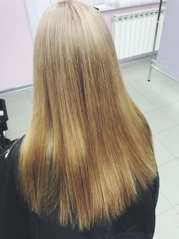 Hair Hairstyle Indoors  Rear View Real People One Person Long Hair