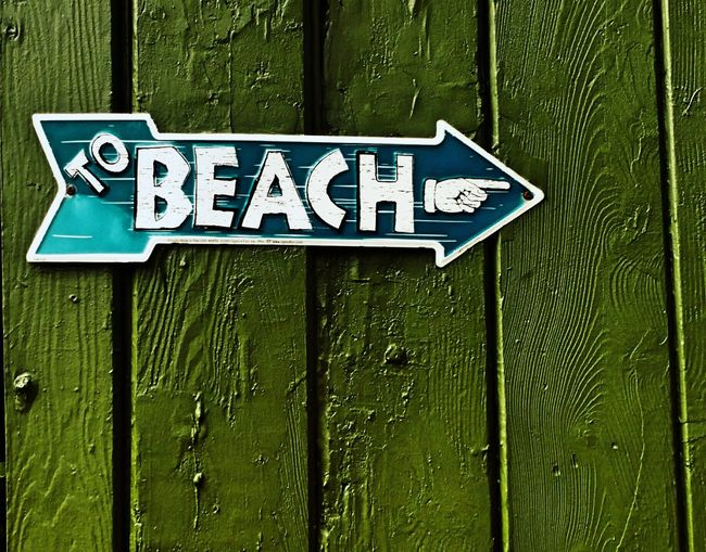 Sign Beach Building To The Beach! Directional Sign Architecture Roadside Art