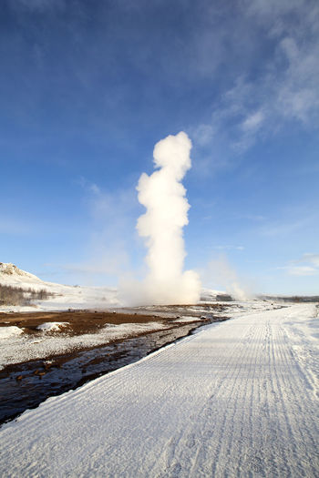 Beauty In Nature Cold Temperature Day Geyser Iceland Iceland Memories Iceland Trip Iceland_collection Landscape Mountain Nature No People Outdoors Scenics Sky Smoke - Physical Structure Snow Strokkur Strokkur Geysir The Way Forward Tranquil Scene Tranquility Weather White Color Winter