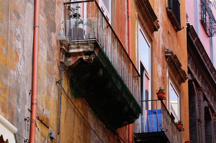 Architecture Balcony Building Exterior Built Structure City Day Full Frame Italy Napoli No People October 2016 Outdoors
