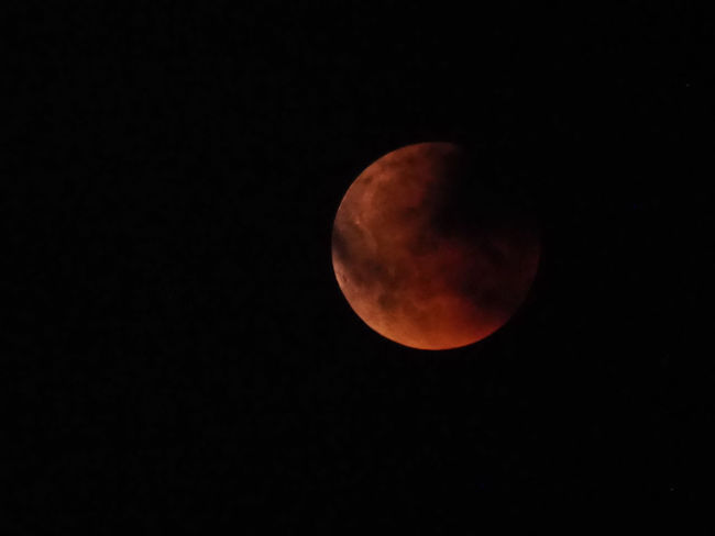 Mondfinsternis 2018 Total Lunar Eclipse2018 Astrology Astronomy Beauty In Nature Circle Clear Sky Copy Space Eclipse Full Moon Idyllic Majestic Mondfinsternis Moon Moon Surface Moonlight Nature Night No People Outdoors Planetary Moon Scenics - Nature Shape Sky Space Space And Astronomy Total Lunar Eclipse Tranquil Scene Tranquility