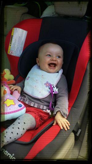 Trop belle Emma toujours le sourire bizzz