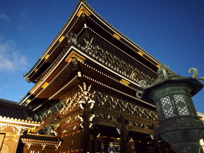Kyoto Japan Higashihonganji Maingate Night Olympus PEN-F 京都 日本 東本願寺 正門 夜