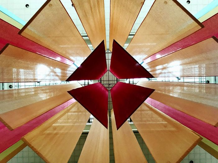 Indoors  Architecture Pattern No People Full Frame Geometric Shape Built Structure Symmetry Red Art And Craft Multi Colored Reflection