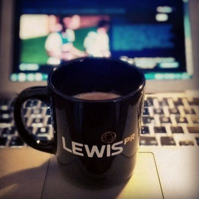 Today's DVB-Pokal afternoon & coffee tweet is supported by @lewisprgermany. Coffeetweet Dfbpokal Sky Skysport SkyGo