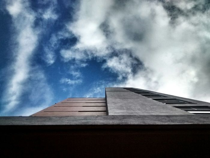 Sky And Clouds Sky_collection Buildings & Sky Walking Around Architecture From My Point Of View