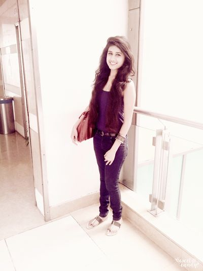 Curly Hairs♥♥♥♡♡♡ Todays Outfit♥...hotlook.★★♥♥♥ :*:*:*:* My Eyes <3 Follow4follow Check Me Out Thats Me ♥
