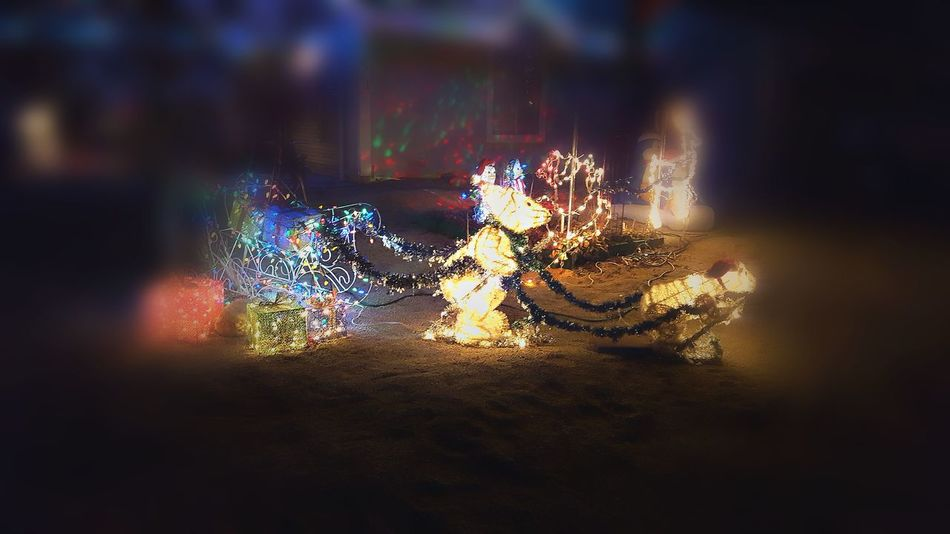 Christmas Decoration Xmas Xmas🎄 Xmas Tree ★*★ Christmas Decorations Holiday Spirit❤ Blur Santa Claus Christmas Eve ❤ City Scape Happy Beautiful Seasonal Merry Christmas🎄🎅🏻 Tis The Season At Night🌙 Lights Traditon Festive Season Night Time Photography Decorations 🎭 Darkness And Light Holiday Spirit Winter Snow ❄