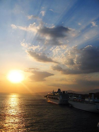 Cruise Cruise Ship View Ocean Sea Sunset Beauty In Nature Vacation Travel Sun The Sun The Great Outdoors With Adobe Cities At Night The Essence Of Summer 43 Golden Moments Fine Art Photography On The Way TakeoverContrast The Great Outdoors - 2017 EyeEm Awards An Eye For Travel