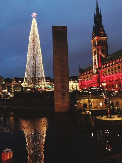 Architecture Built Structure Christmas Tree Travel Destinations Outdoors Christmas Decoration City Hamburg